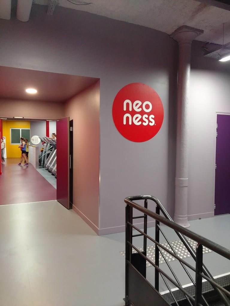 neoness ouvre une salle bastille paum e paris. Black Bedroom Furniture Sets. Home Design Ideas